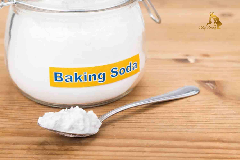 tẩy tế bào chết cho môi bằng baking soda