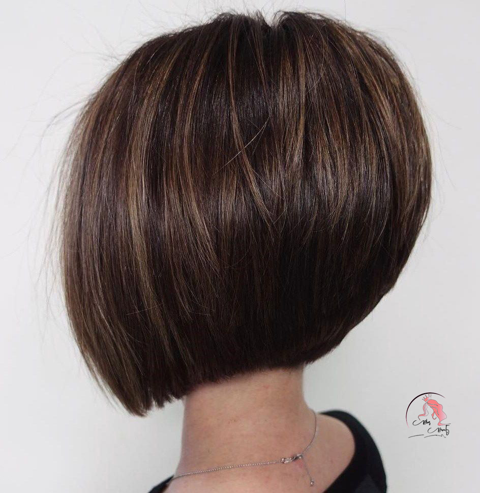Sleek Rounded Inverted Bob