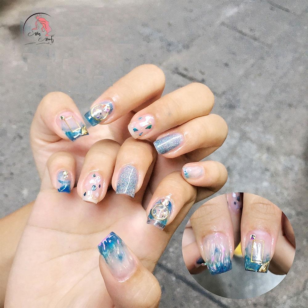 nail-phuong-le