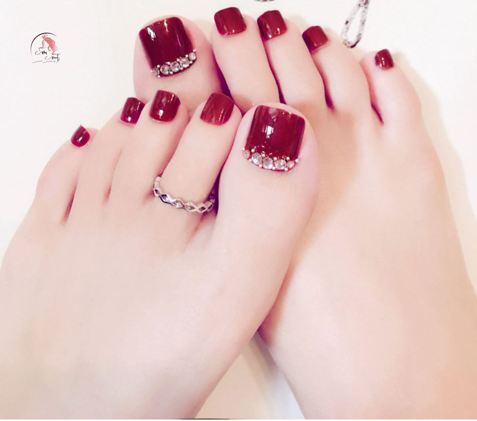 Sơn móng chân các tone đỏ