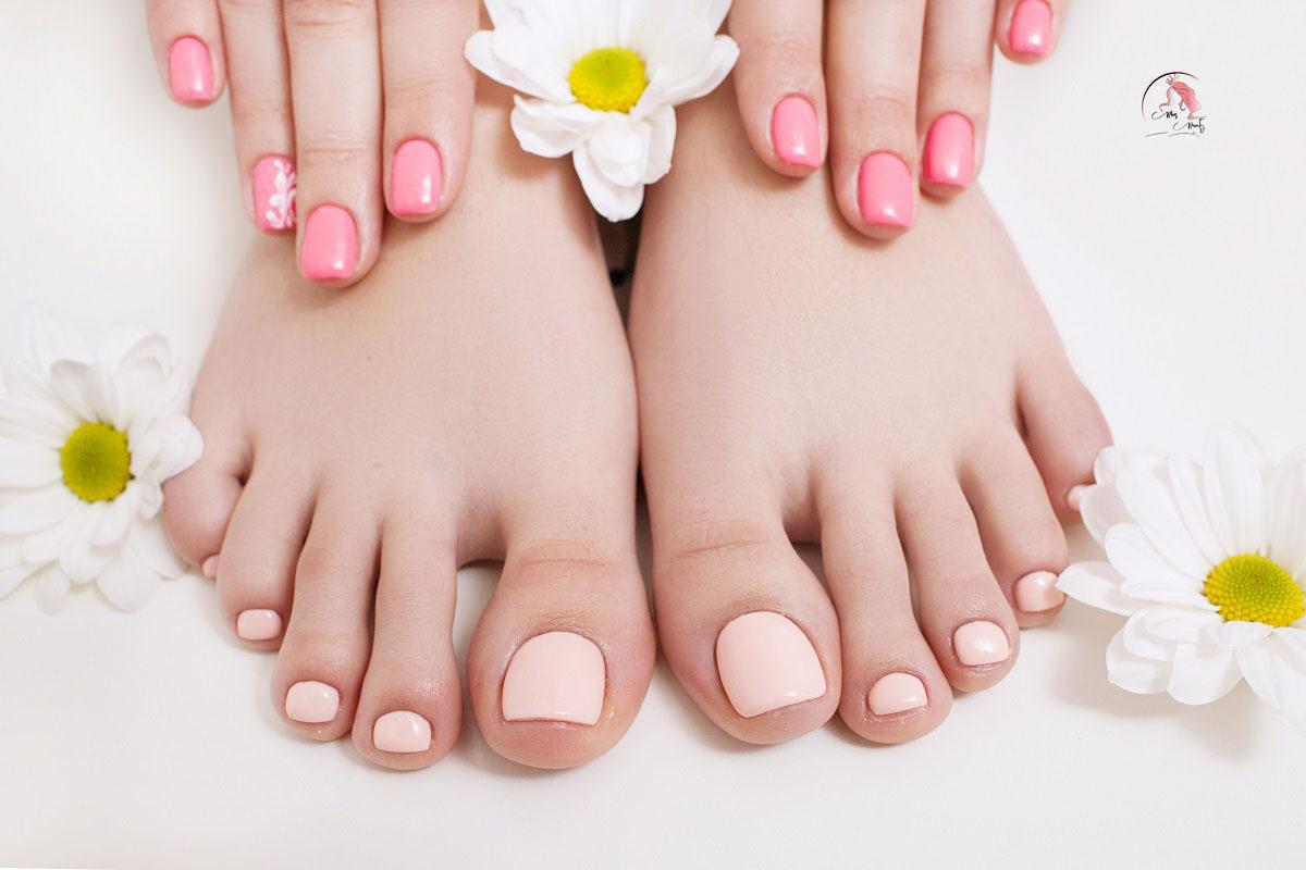 Sơn móng chân Pastel