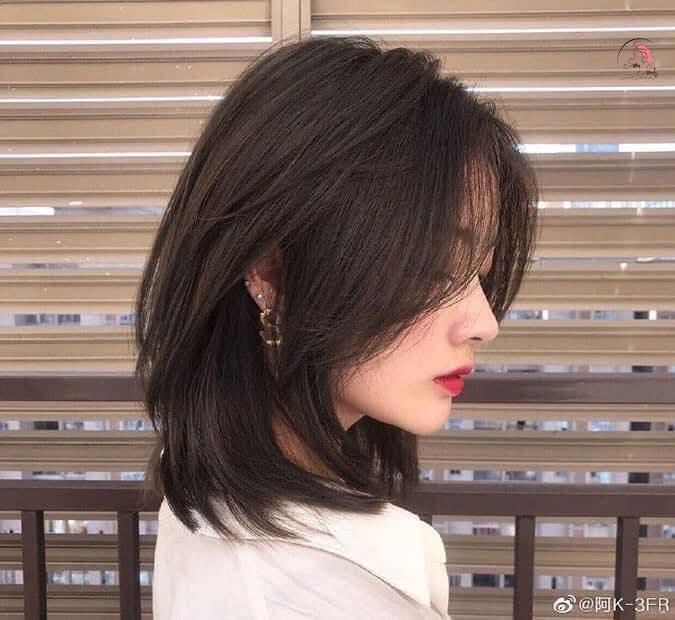 Mẫu tóc layer cho gương mặt kim cương