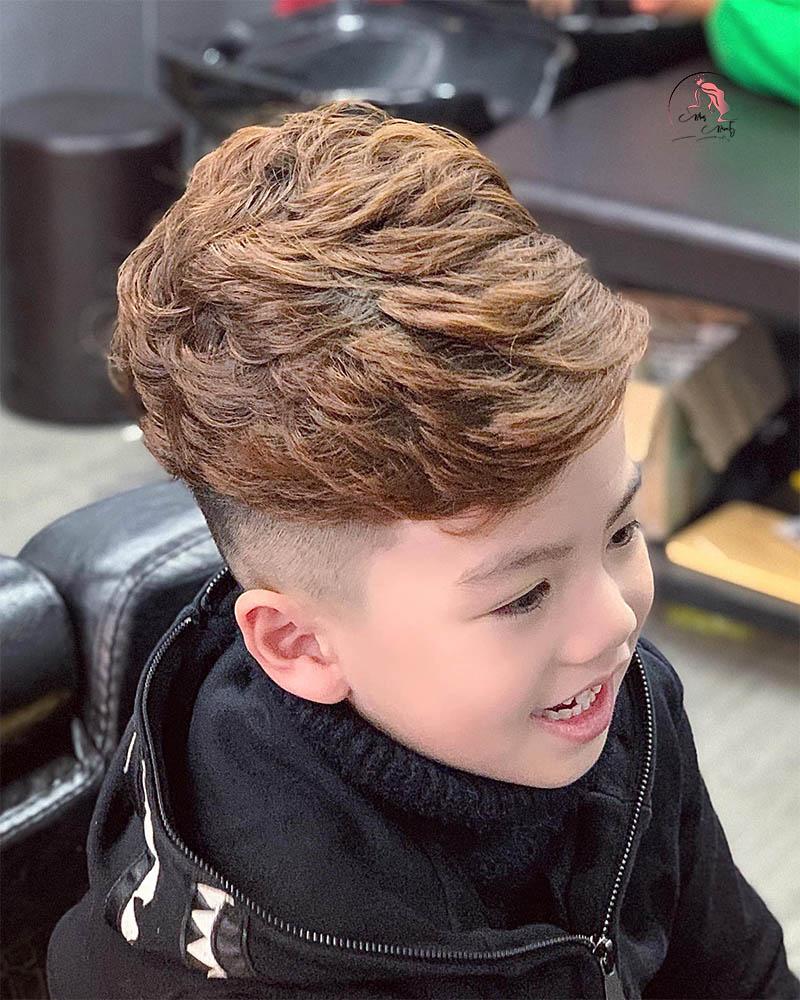 Kiểu tóc mohican dài cho bé