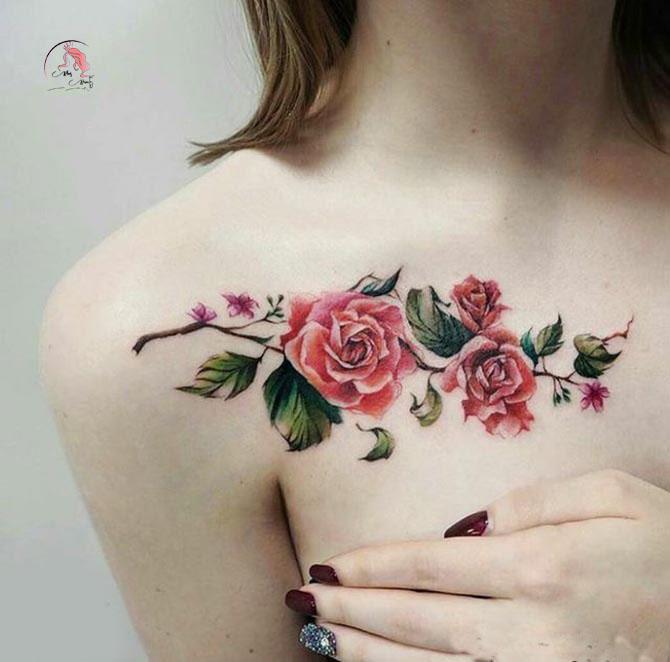 Hình xăm hoa hồng ở ngực