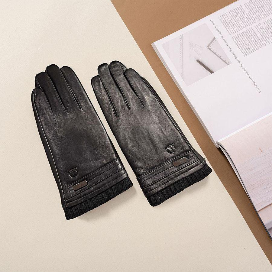 Găng tay da thương hiệu Tâm Anh